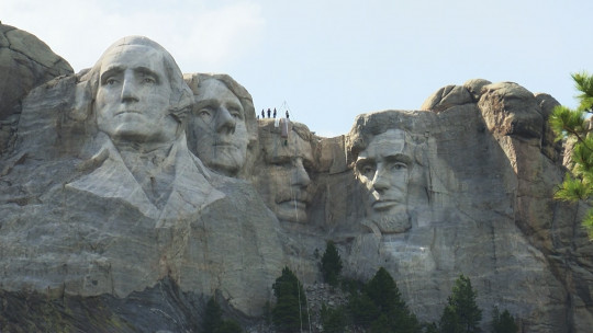 A New Mount Rushmore for a World on the Brink?